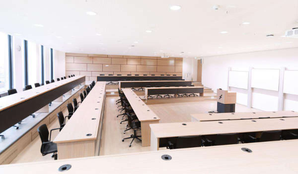 Hörsaal der Frankfurt School of Management